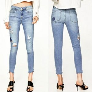 Zara Floral Embroidered Sequins Distressed Jeans